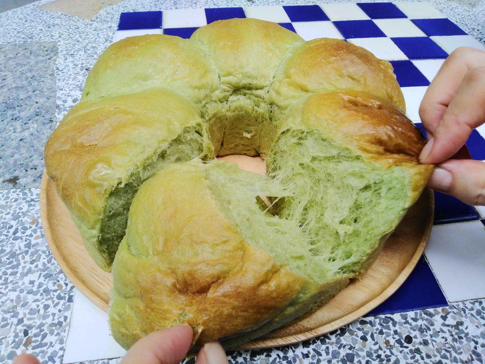 ขนมปังชาเขียว